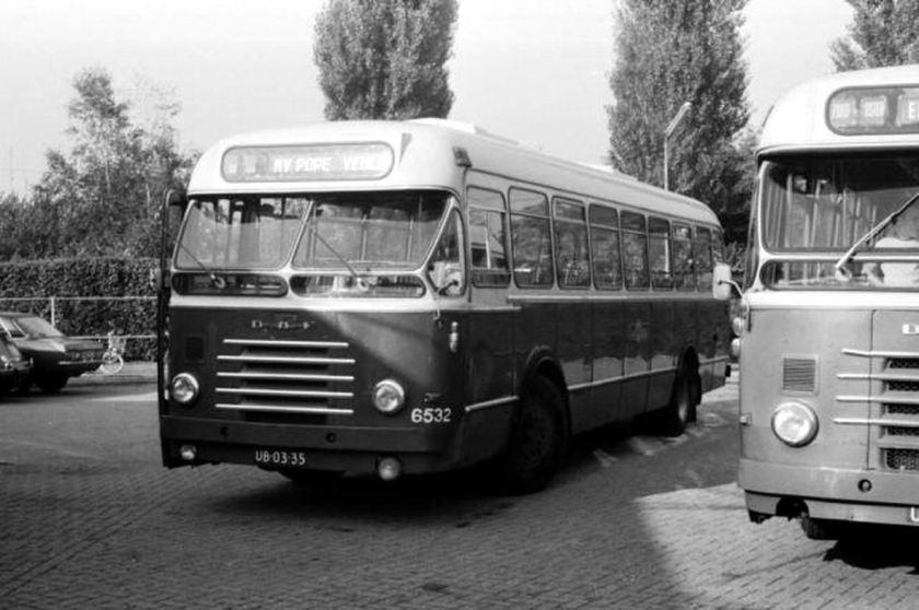 1971 DAF Hainje » 6532 UB-03-35 ZO 2-10-1971 Venray.jpg 6500