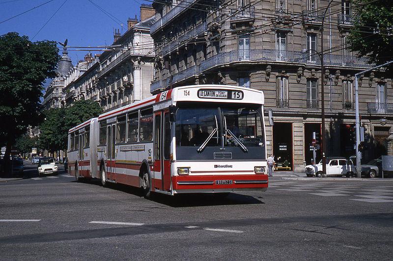1980 Heuliez O 305 G à Grenoble