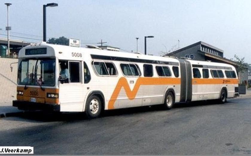 1982 GM TA60-102N