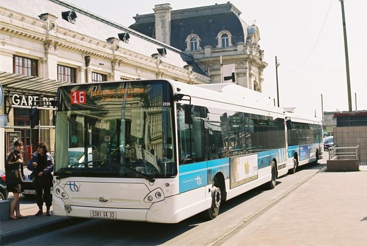 2004 Heuliez GX327GNV F