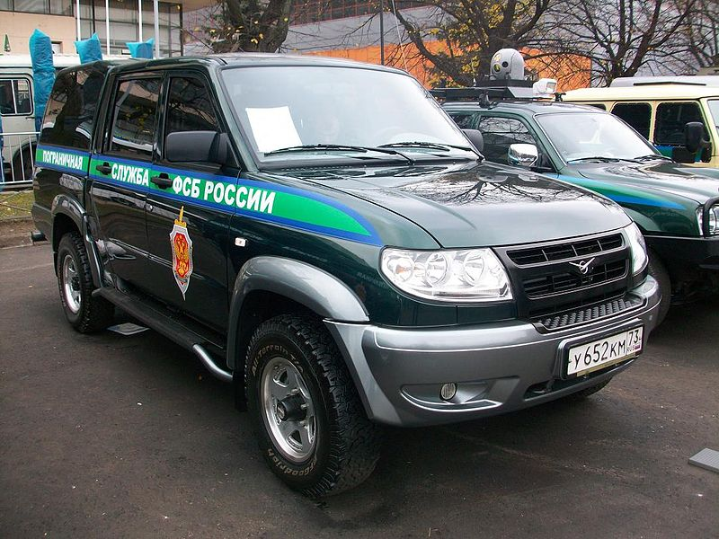 Uaz Pickup 23632 with bedcap
