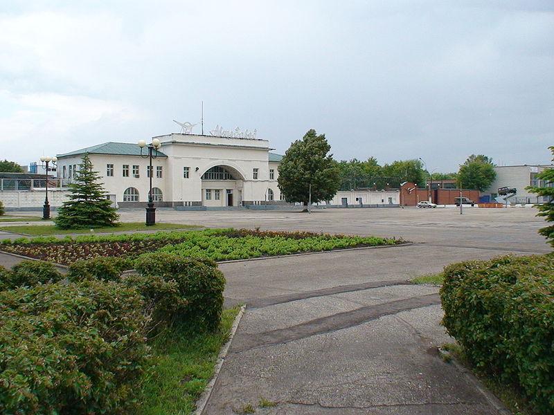 Ulyanovskiy Avtozavod UAZ main entrance