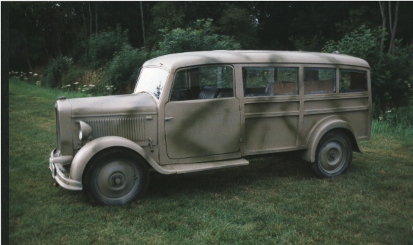 1939 Hansa Lloyd Medical Staff Officers car