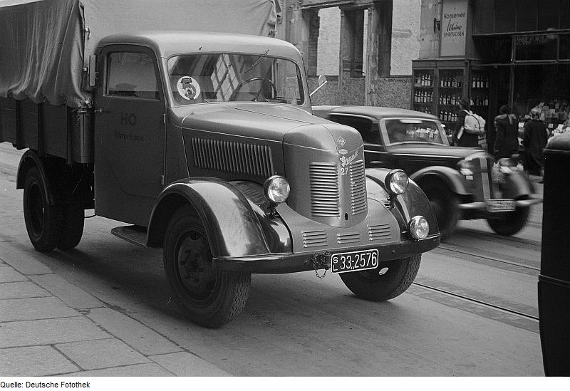 1949-53 Phänomen Granit 27 Pritsche