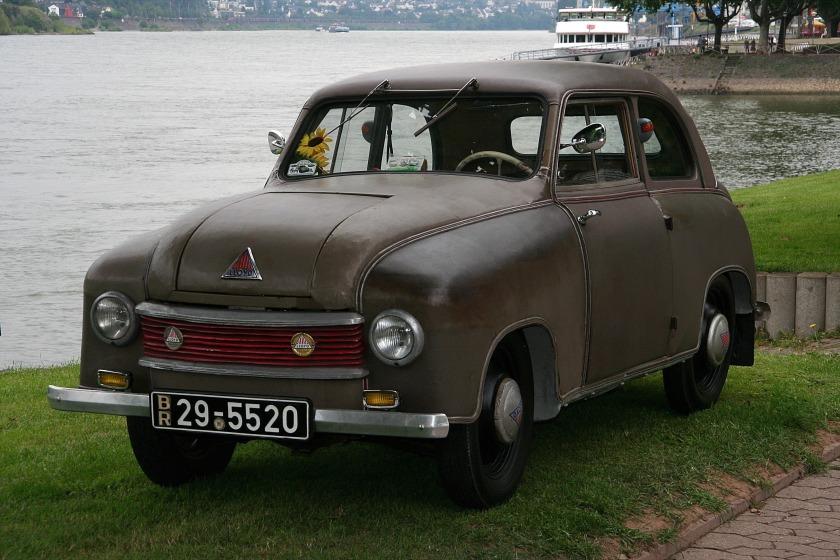1950-53 Lloyd 300, Bauzeit
