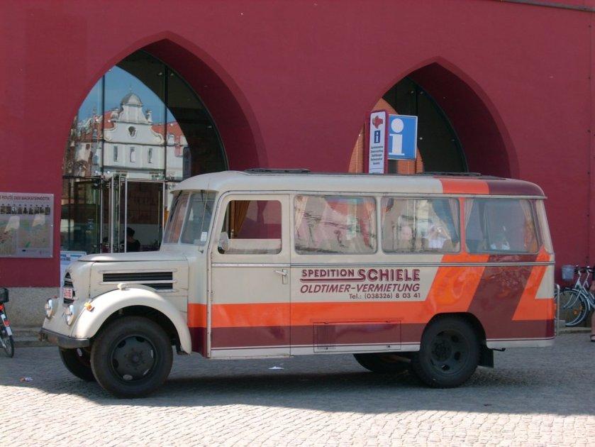 1950 Robur Garant K30 Busses in Greifswald a