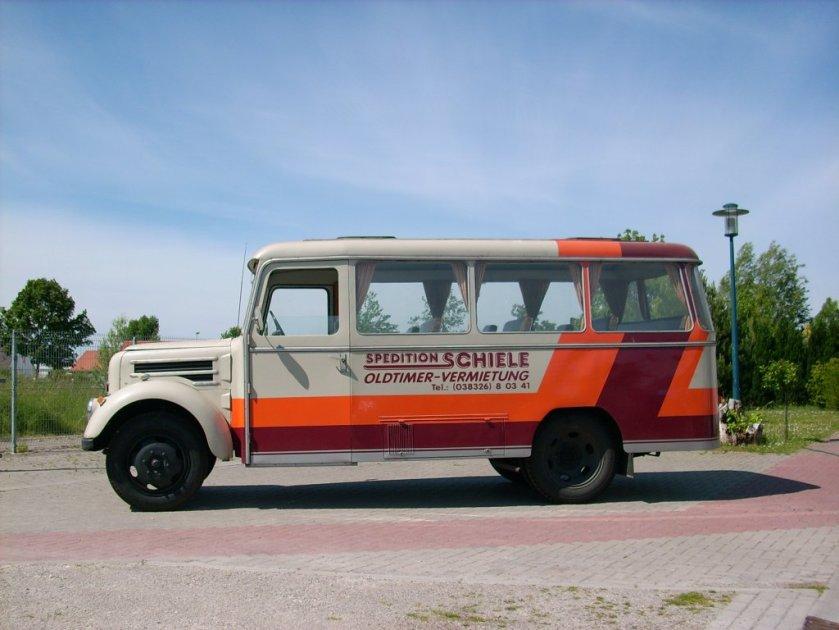 1951 garant-k30-bus