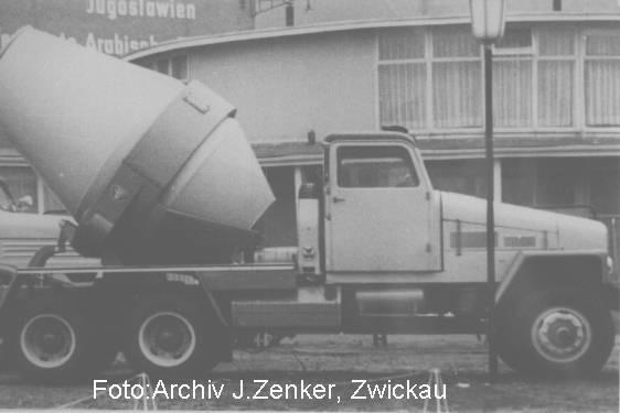 1952 IFA G 5 Fahrzeugen stellten solche Betonmischaufbauten dar