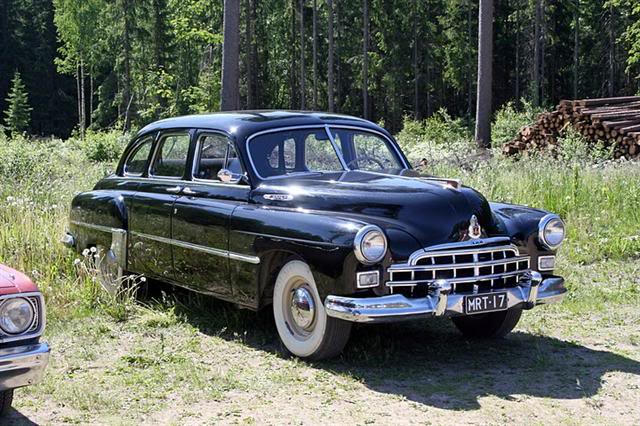 1953 Russian ZIM limousineblack 01