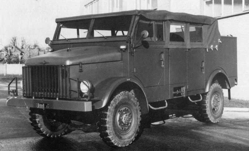 1955-61 Borgward B 2000 A-O ( A=Allrad, O=Ottomotor ) (1962 - 1968 Büssing)