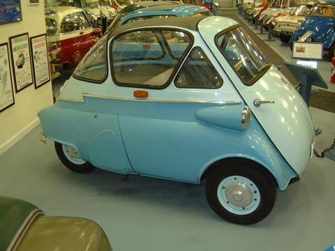 1956 BMW Isetta 250 Bubble Window  (D)