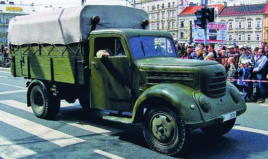 1957 Robur Garant-30К