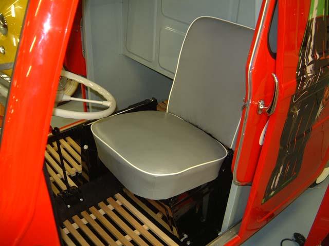 1959 Glas Goggomobil Transporter Pick-Up binnenkant (D)