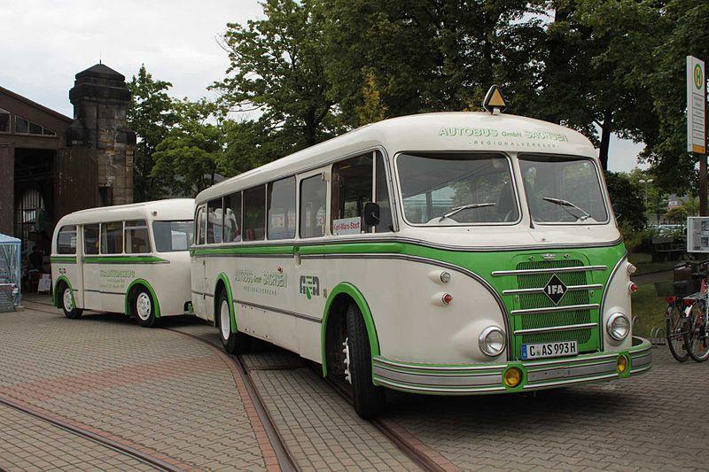 1959 IFA H6B-L mit Personenanhänger W701