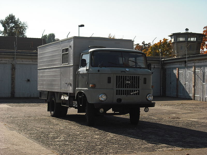 1965 Gedenkstätte Berlin-Hohenschönhausen - IFA W50