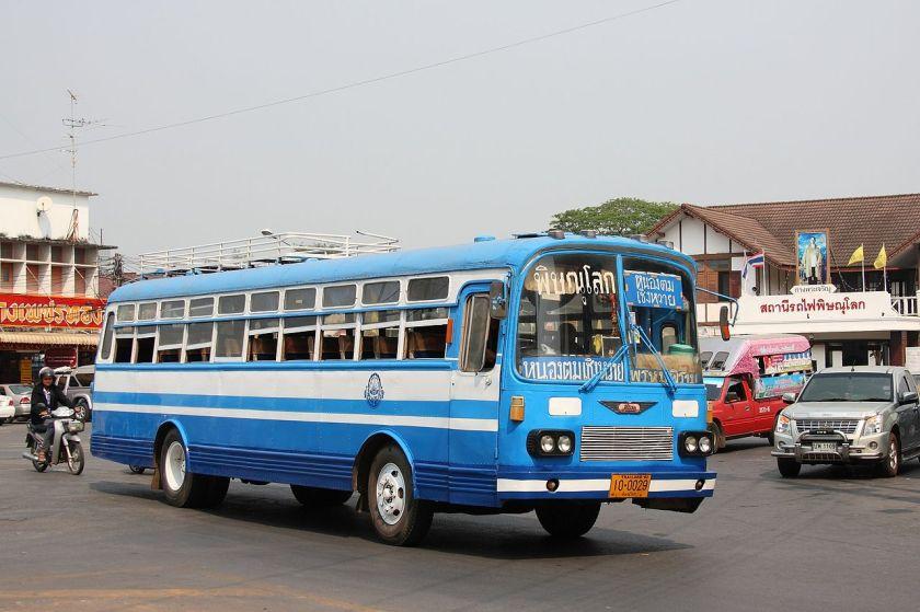 1965 Old Hino bus in Phitsanulok