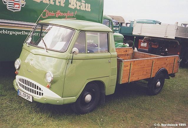 1965 Trucks Tempo-Rapid-Tiefpritsche-lindgruen-Holzpritsche