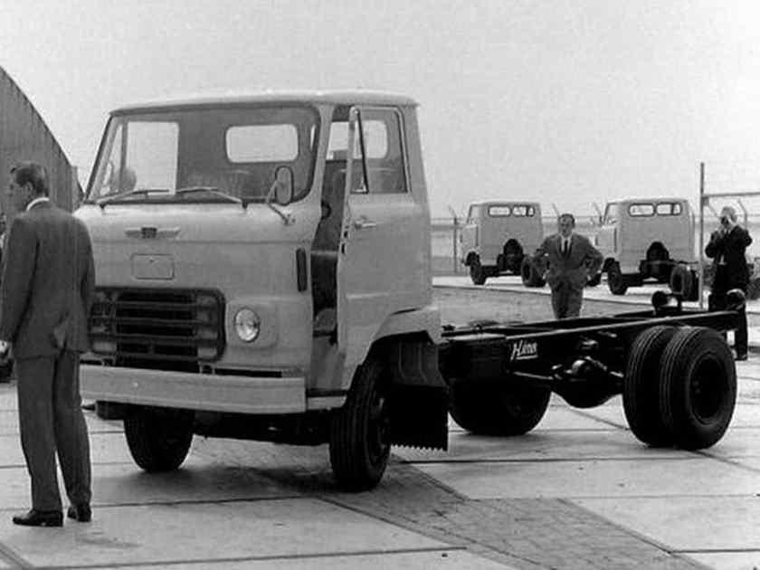 1966 Hino NL 2