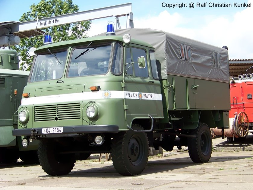 1978 Robur LO 2002 A MTW - Mannschaftstransportwagen der Volkspolizei der DDR