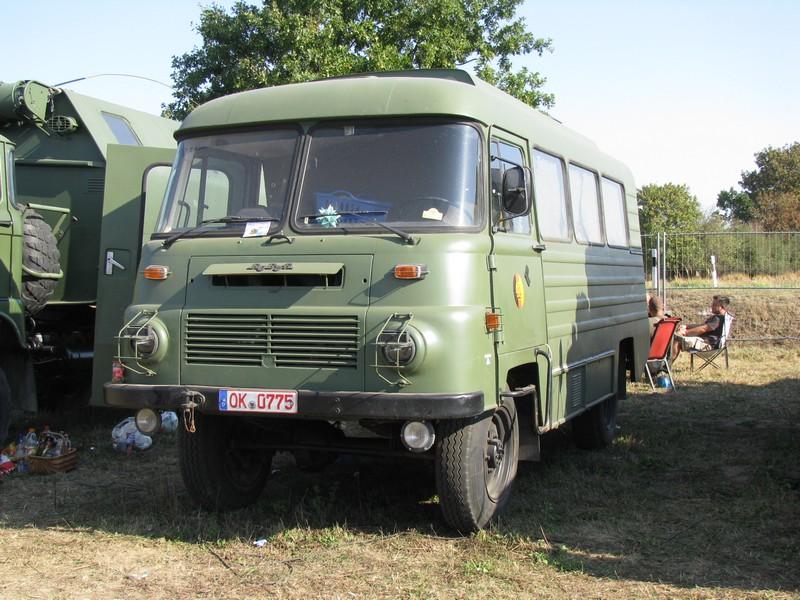 1979 Reiseomnibus ROBUR LO 3000 der NVA