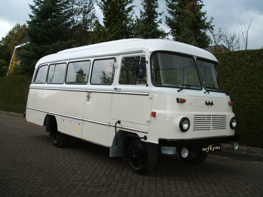1980 Robur 20 persoons bus