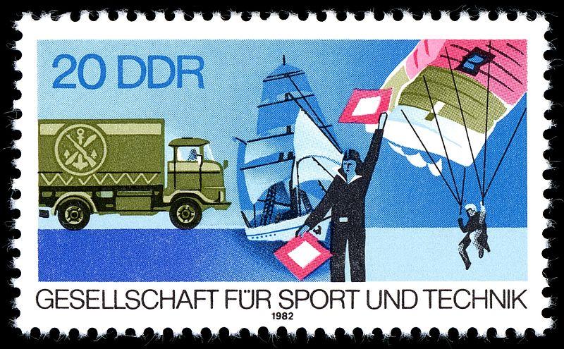 1982 IFA W50 auf einer Briefmarke zum 30. Jahrestag der GST (1982)