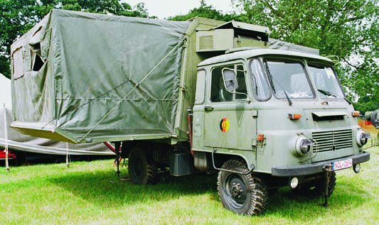 1983 Robur LO-3001AKF with extension body, 4x4
