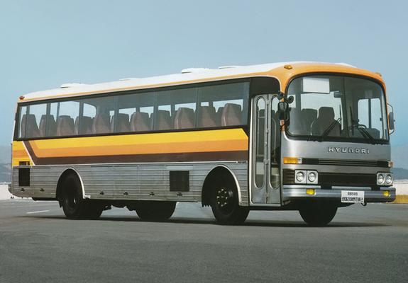 1984 Hyundai RB585a
