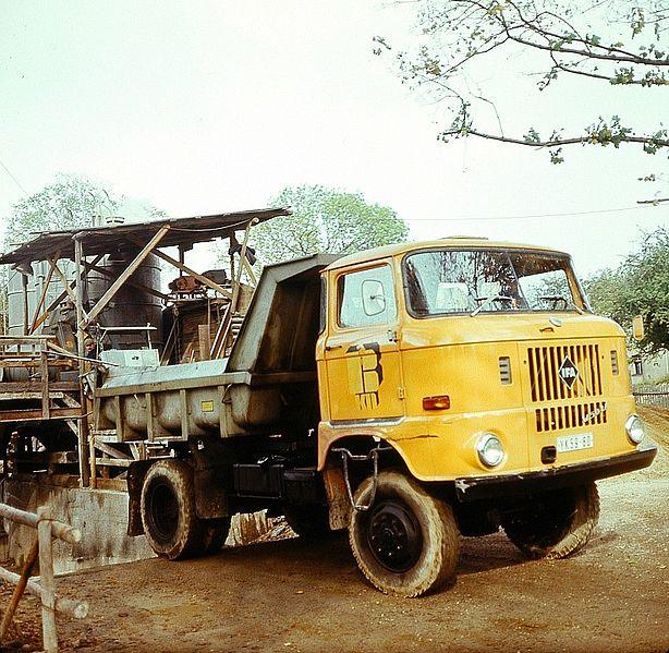 1987 IFA W50 Mullkipper