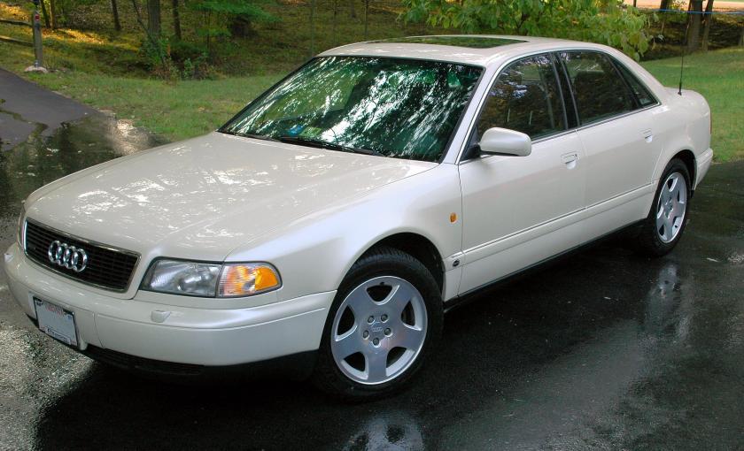 1997 AUDI 8 white