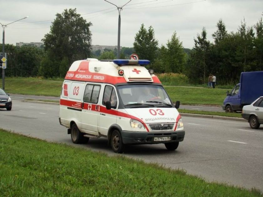 1999 GAZ 2705 Ambulance Rus