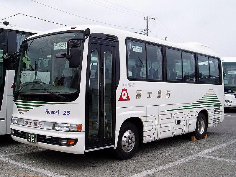 2001 Hino Melpha-Fujikyu-Shonan-M2451