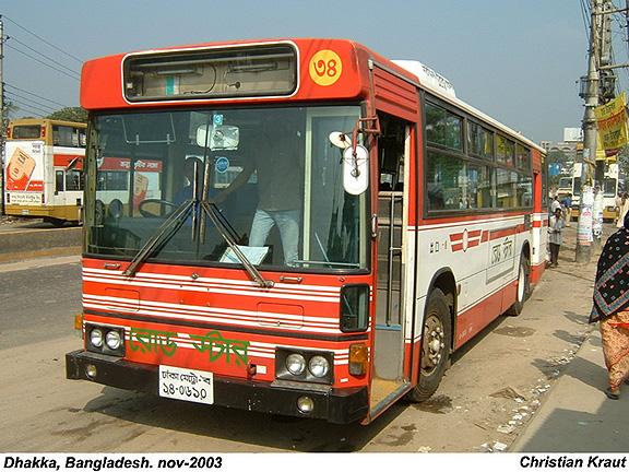 2003 Hino 2003-11-04