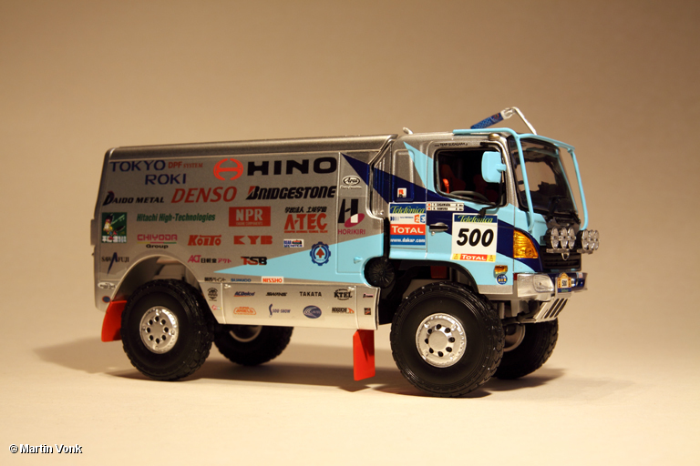 2005 Hino-Ranger-2005-1