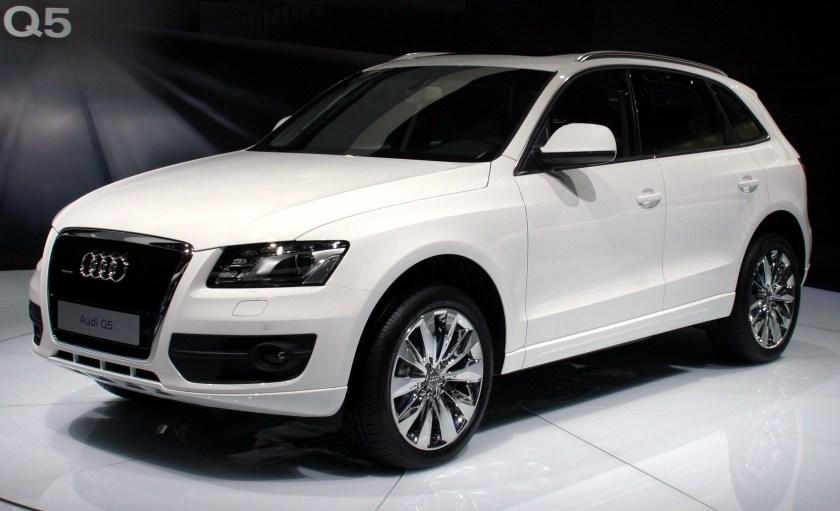 2008 Audi Q5 front white Moscow autoshow