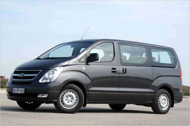 2012 Nuevo-Hyundai-H1-Minibus-2012-side
