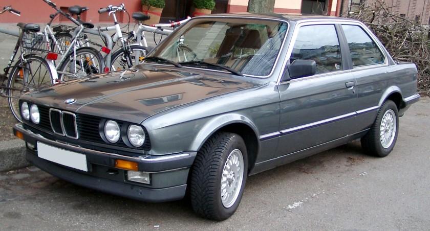 BMW E30 front