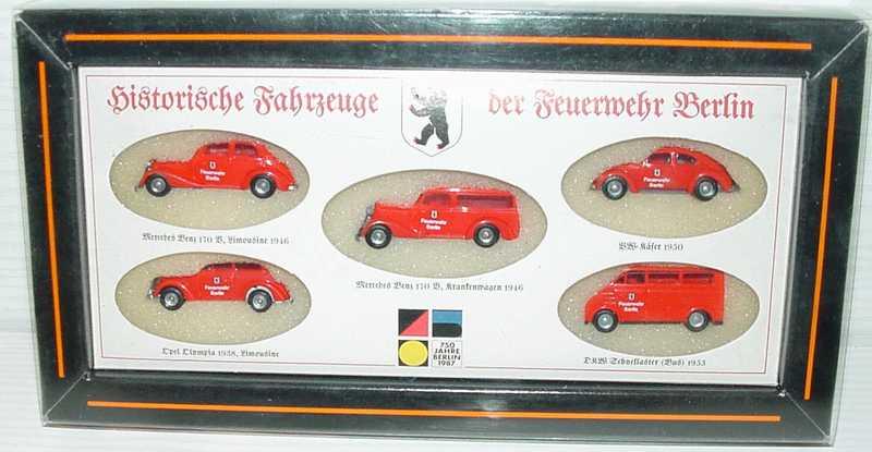 DKW Mercedes 170 und Mercedes 170 Krankenwagen und VW Kaefer und Opel Olympia und DKW Bus
