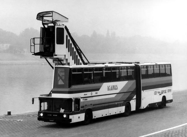 Ikarus 290 australië