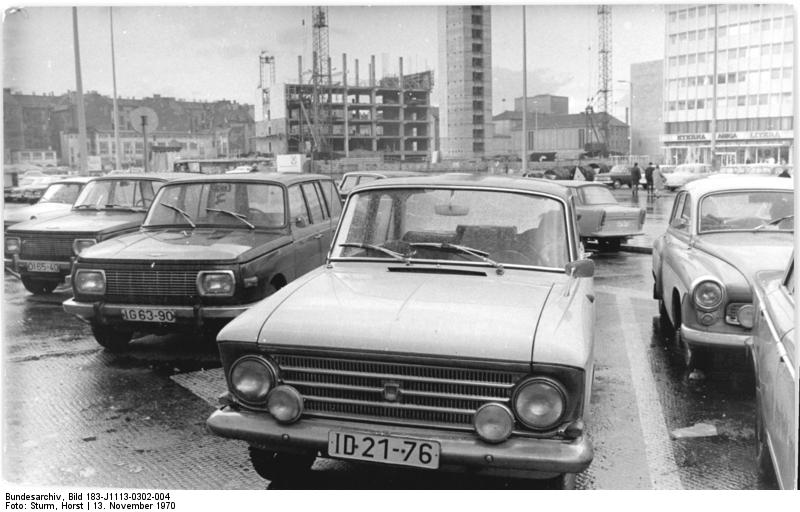 "Berlin, PKW ""Moskwitsch"""