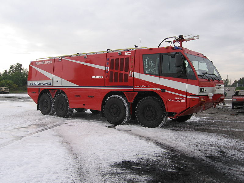 12 Iveco Magirus Super Dragon X8