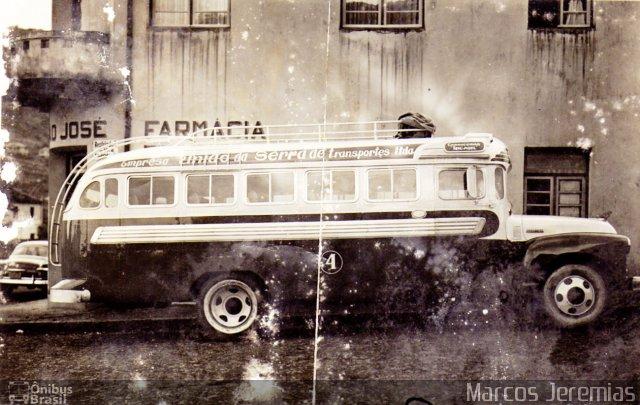 1947 carroceria Incasel Micro-Ônibus Rodoviário, chassi FARGO