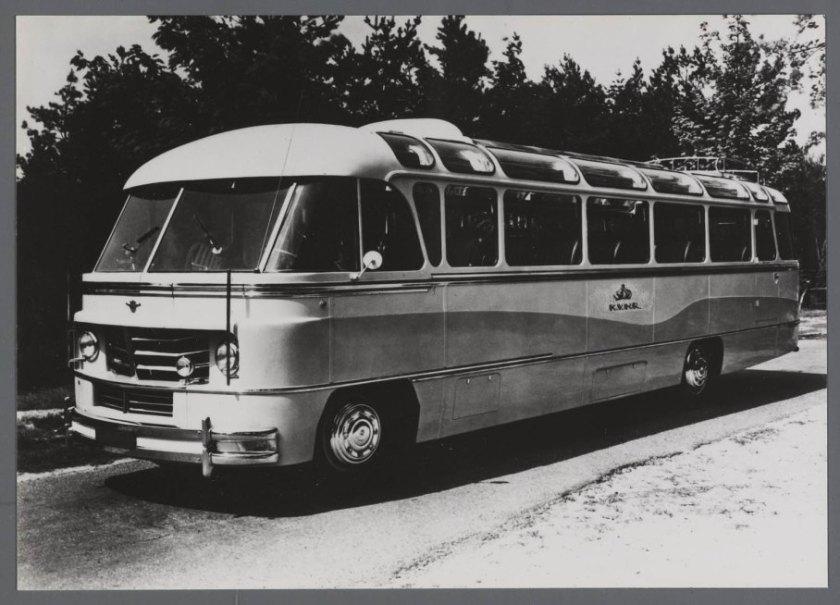 1951-daf-autobus-van-de-kvnr-jongerius-carrosserie-chassis-b