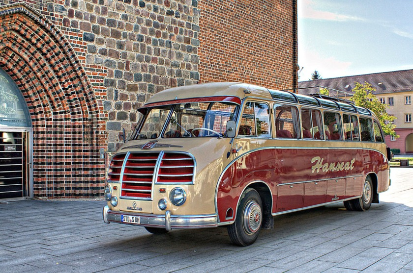 1951 Kässbohrer Setra S8 Oldtimer Bus