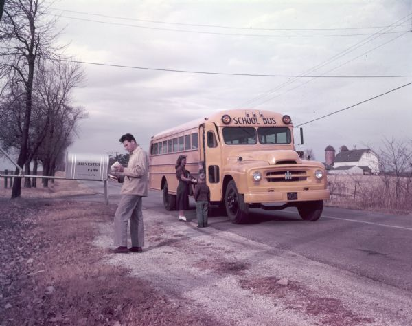 1953 International R-183 School Bus