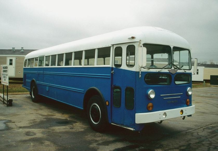 1953 Kenworth bus