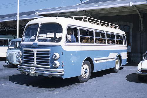 1958-0526 - Lourdes, autocar Saviem