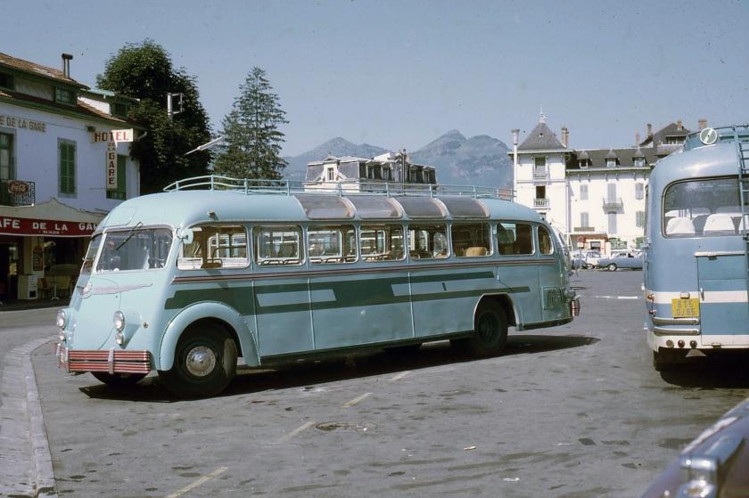 1958 Lourdes, autocar Isobloc 2