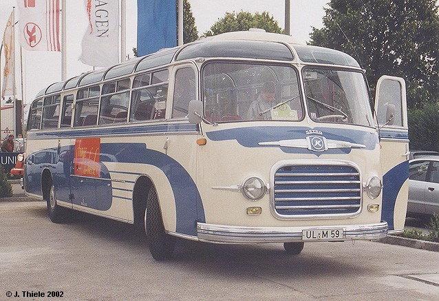 1959 Setra-S10-Reisebus-weiss-Dekor-blau-Str-der-Lieder