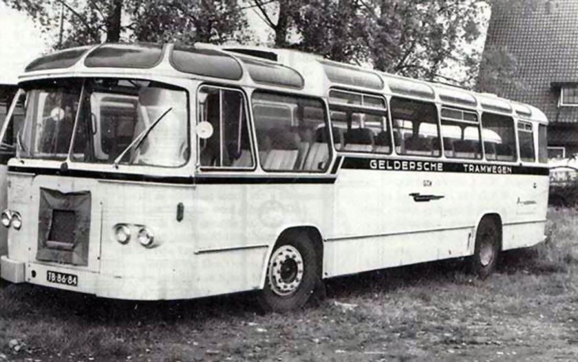 1960 DAF TB160DS520 carr. Jonckheere, Roeselaere, B TB-86-84